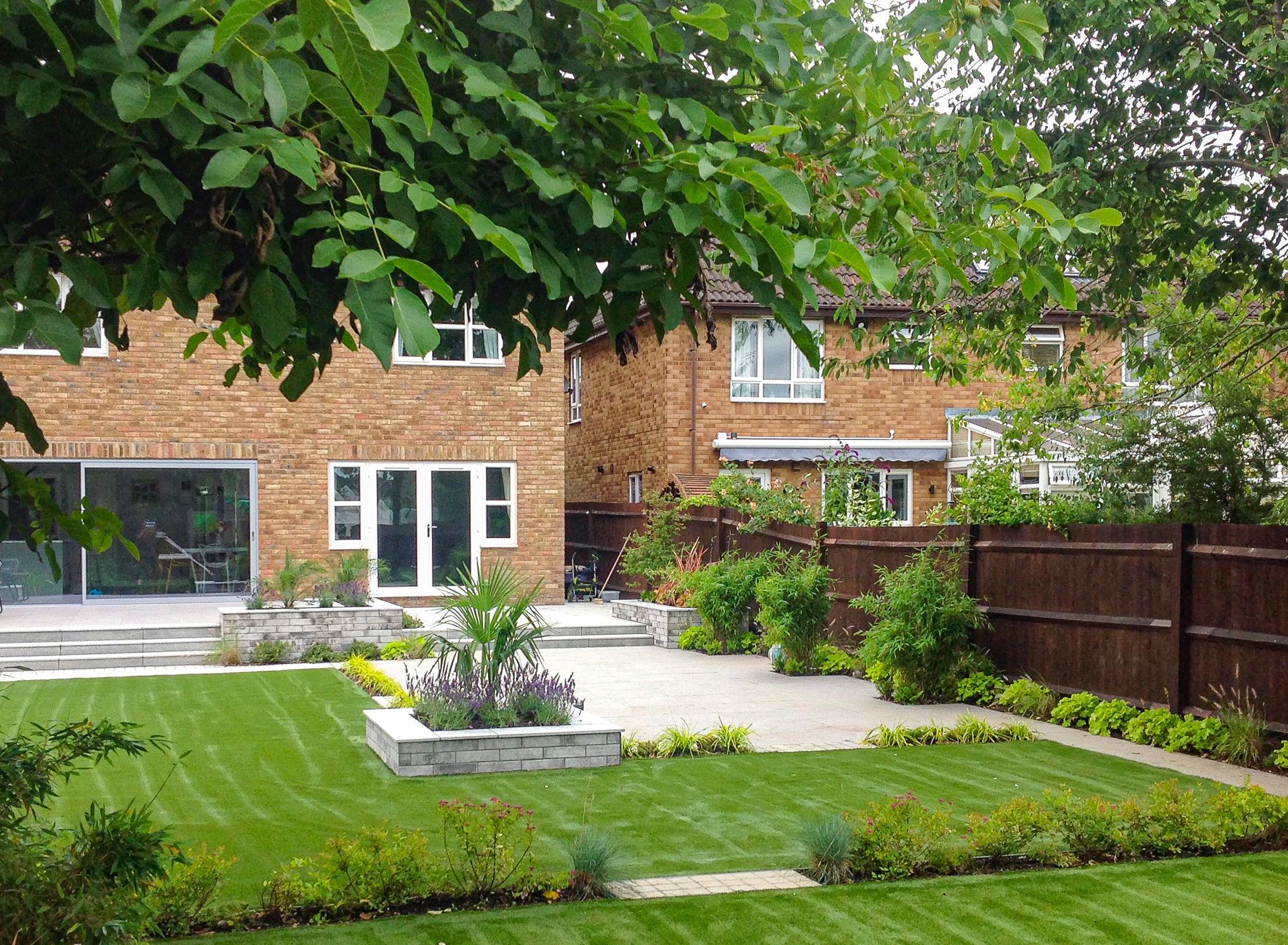 MPC - Larger family garden